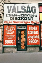 opportunity shop glasses store hungary contemporary name budapest contact eyeglasses cheap crisis lenses eyewear magyarország topical szemüveg erzsébetváros olcsó válság kontaktlencse eyewornout