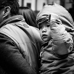 boy with tear (Salle-Ann) Tags: boy bw blackwhite father tear piggyback peeping