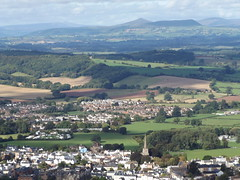 Monmouth and the Black Mountains from The Kymin, Monmouthshire, 22 September 2016 (AndrewDixon2812) Tags: kymin monmouth monmouthshire wye trefynwy wales stmary stmarys priory church spire steeple black mountains