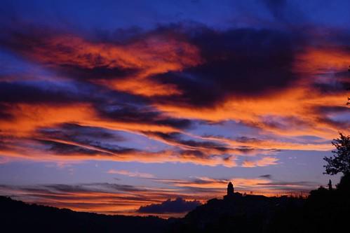 #gassano #tramonto #sunset #igersmassacarrara #igerstoscana #igersitalia #volgomassaecarrara #volgotoscana #volgoitalia #ig_toscana #ig_italy #loves_united_toscana #loves_united_italia #loves_mediterraneo #italia360gradi #italiainunoscatto #ecodellalunigi