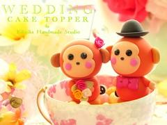 Wedding Cake Topper-love monkey (charles fukuyama) Tags: monkey couple bowtie clay bouquet swarovski lovely brideandgroom cakedecoration weddingcaketopper customcaketopper monkeycaketopper