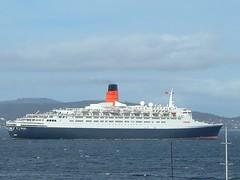 QE 2 Hobart (Trains In Tasmania) Tags: australia cruiseship tasmania hobart qe2 cunardline