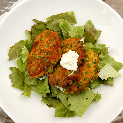 curried pea and potato fritters