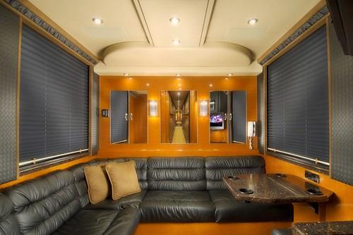 Rebel - Rear Lounge