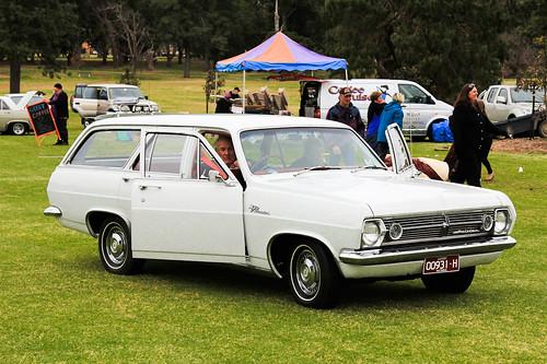 Toowoomba Classic Holden Club Meet-3