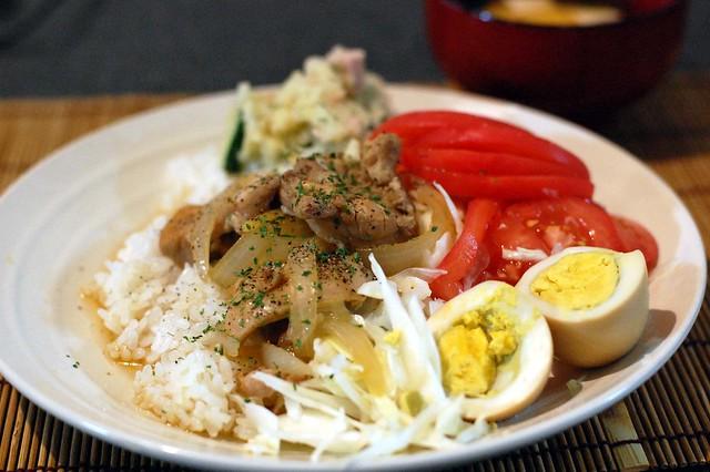 鶏モモでフィリピン風鶏のさっぱり煮丼!旨い! #gohan