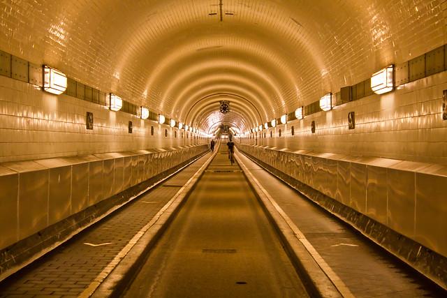 Elbe Tunnel 2