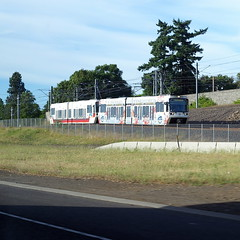 A train heads onto the Clackamas branch
