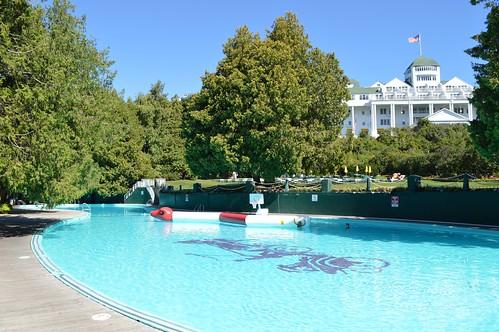 Grand hotel - Grand menseng hotel swimming pool ...