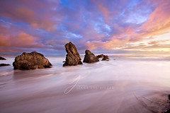 Calmth (Jinna van Ringen) Tags: california longexposure sea beach night canon evening coast shore nd elusive westcoast californiacoast malibubeach jorinde jinna singhray elmatadorstatebeach leefilters elusivephoto elusivephotography elusiveactions 5dmarkii jorindevanringen jinnavanringen keepcalmandshooton