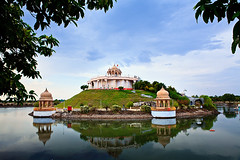 Dhyan Mandop in Anand Sagar, Shegaon... (Explored) (Vinod Khapekar) Tags: india rock landscape collection stuff tample 28l reflaction 2470 5dmarkii canon5dmarkii