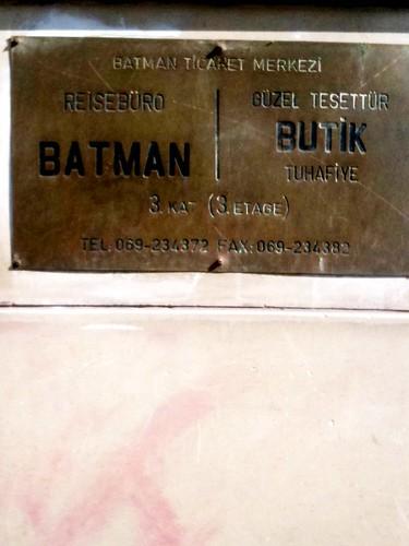<span>francoforte</span>Ufficio di rappresentanza del noto supereroe<br><br><p class='tag'>tag:<br/>francoforte | persone | </p>