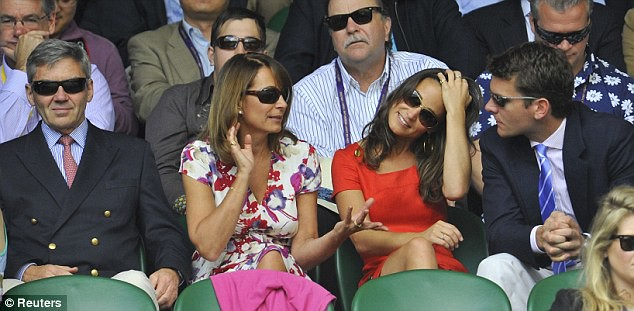 Pippa Middleton ends speculation of a break-up as she and boyfriend Alex Loudon arrive at Wimbledon  5