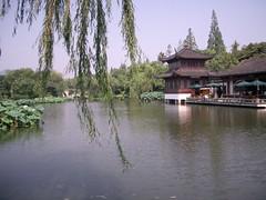 上海の日帰りツアー 杭州日帰り観光(往復高速列車利用・ガイド付・昼食付)