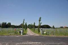 Wijn en Cultuurhoeve Thabor, aanzicht vanaf de weg