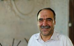 Meet the Persians III (RJDonga) Tags: iran persia people esfahan isfahan bazaar bazaari smile friend