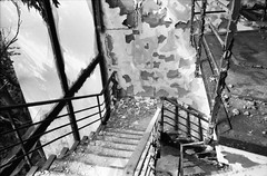 from hell (Luca Scarpa) Tags: berlino berlin film bn bw blackandwhite biancoenero building architettura architecture abandoned decay