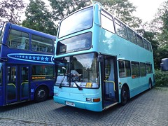 Servicer 112 Sudbury via Monks Eleigh (smith.rodney74) Tags: pn03ume beestons doubledecker valleywalk pavingblocks tenstars notinservice paleblue