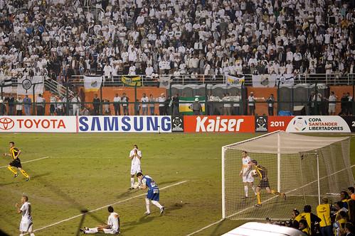 GOL Peñarol   110623-7654-jikatu