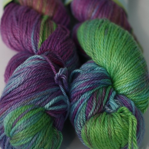 3IG Bamboo Cotton Worsted Shot Through the Heart (CY)