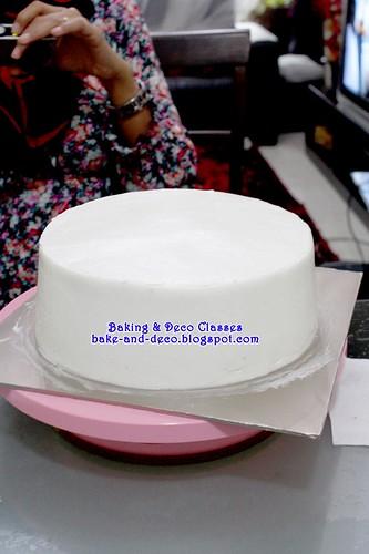 Batch 12 Mac 2011: Asas Salut Kek Dengan Buttercream