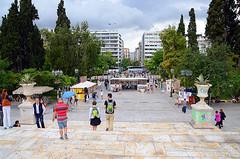 ΠΛΑΤΕΙΑ ΣΥΝΤΑΓΜΑΤΟΣ, (SYNTAGMA SQUARE). (George A. Voudouris) Tags: hellas greece syntagmasquare ελλάδα greekparliament hellenicrepublic hotelgrandebretagne αθήνα presidentialguards βουλήτωνελλήνων πλατείασυντάγματοσ athenscentre πλατειασυνταγματοσ μνημόνιο μνημειοαγνωστουστρατιωτη 17may2012 κυβερνησηπαναγιωτηπικραμμενου cabinetofpanagiotispikramenos panagiotispikrammenos