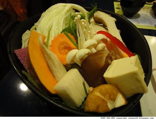 110924櫻之田野養生野菜鍋009.JPG
