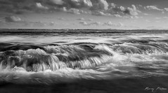 Runion Island, BMZ (Bemez-Pictures) Tags: bw mer seascape nature canon eos nb vagues plage paysages stpierre runion waterscapes tumulte 5dii bemezpictures