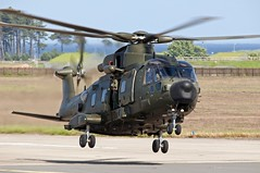 "RAF Merlin HC.3A ""ZK001"" (TayportTT) Tags: scotland flying airport aircraft aviation air flight helicopter airline merlin augusta airlines raf airliner leuchars royalairforce augustawestland rafleuchars zk001 egql merlinhc3a"