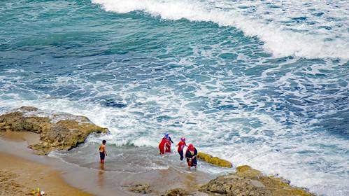 The family and the sea in Alexandria's Sidi Bishr