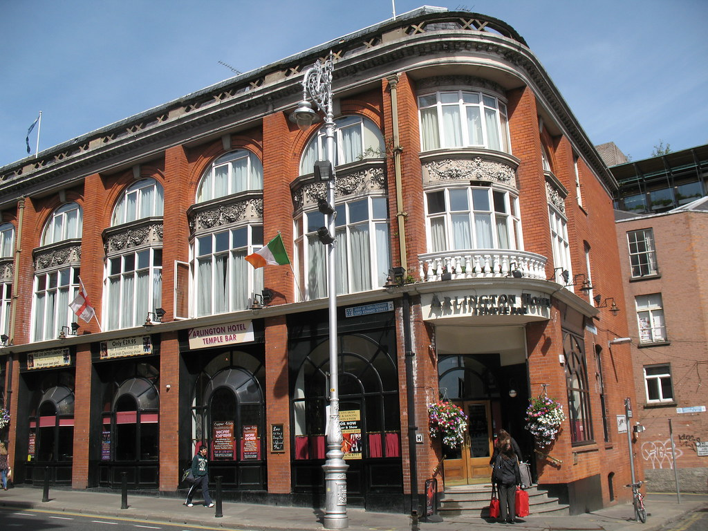 Dublin: Temple Bar - Arlington Hotel