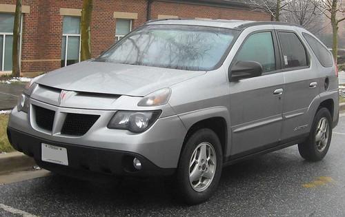 800px-2002-05_Pontiac_Aztek