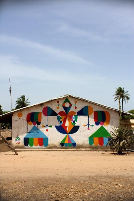 LIGHT HIGH. Spray on wall. GAMBIA. 2011.