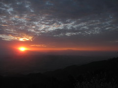 July 5th sunrise from SaddleBack Mountain. (charlesmonroe98) Tags: california county orange mountain sunrise back jeep 4x4 main canyon cherokee silverado saddle divide