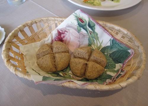 小麦胚芽のパン 2011年7月7日 by Poran111
