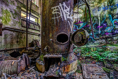 Silo abandonn - HDR (gilles_t75) Tags: d7200 france gillest hdr nikkor1024mmf3545 nikon bracketing exposurefusion highdynamicrange photohdr photomatix tonemapping chaudire urbex silograin explorationurbaine ruines usineabandonne