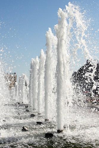 Москва: Фонтаны вдоль Главной Аллеи Парка Победы