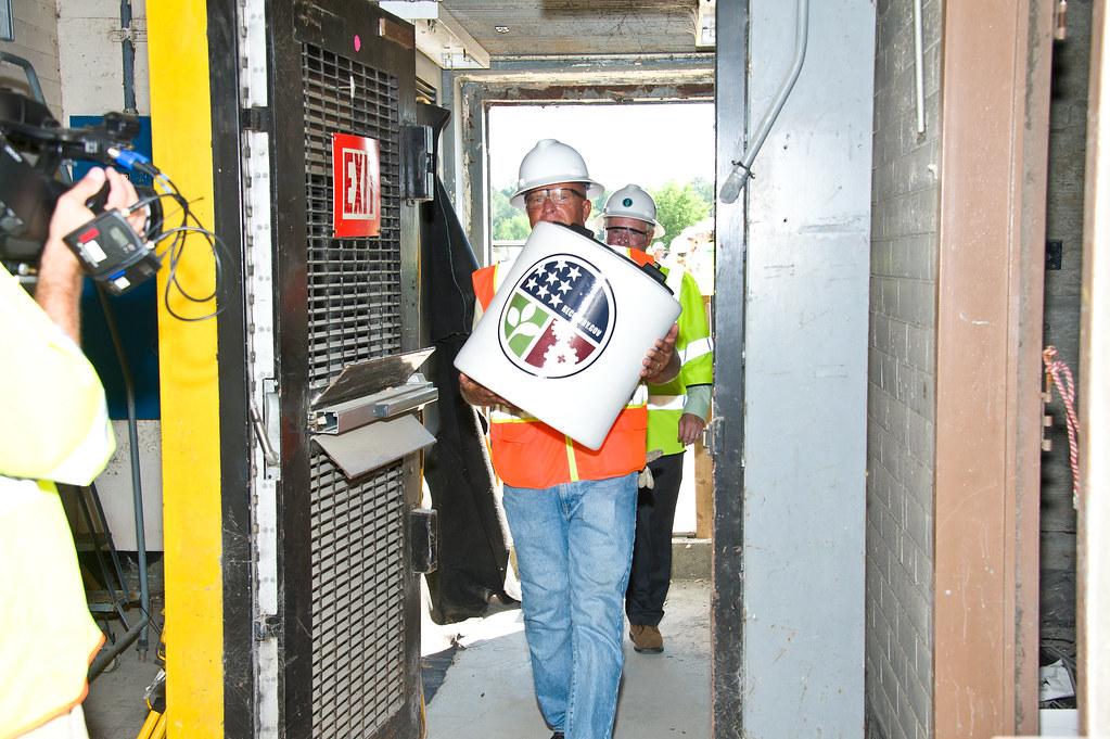 SRS P Reactor Sealing