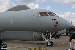 ZJ694 - 9135 - Royal Air Force - Bombardier BD-700-1A10 Sentinel R1 - 110702 - Waddington - Steven Gray - IMG_4744