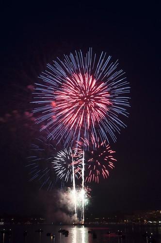 11-FireworksRedBank-5654