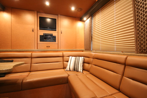Broadway LTD - Rear Lounge