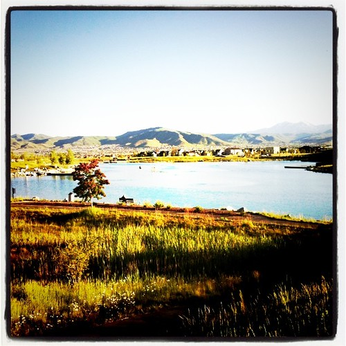 A beautiful night for a walk around the lake! @visitsaltlake @daybreakut