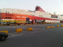 Barco Atenas-Creta