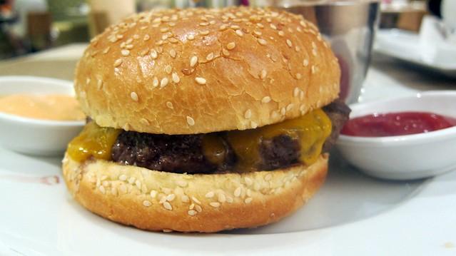 burger sideboob at nm cafe