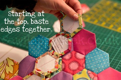 hexagon mug rug tutorial 8