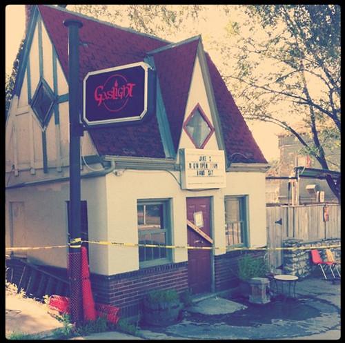 gaslight-tavern