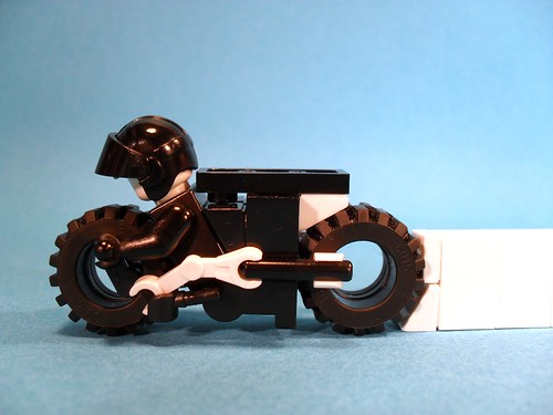 Purist Lego Lightcycle - White Stream