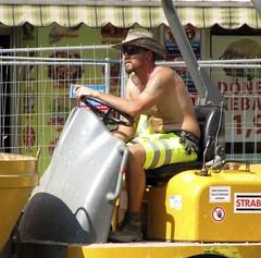 IMG_6588 (googleball) Tags: construction workmen baustelle hiviz bauarbeiter arbeiter gglbll
