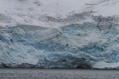 Antrtida XI (peretti) Tags: ice argentina iceberg hielo volcn antrtida tmpano federicoperetti canon7d islamedialuna basecmara isladecepcin basedecepcin paralelo60
