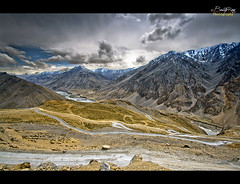 Gata Loops, Ladakh (The Canon Fanboy) Tags: colors landscapes flickr leh jk ladakh gataloops